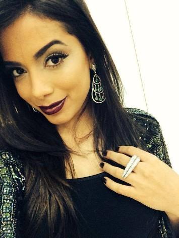 Anitta_Joias_Bertini