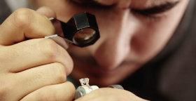 Conheça a importância da cor do diamante